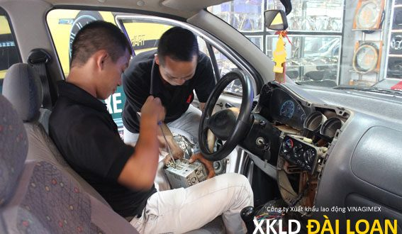 Xuất khẩu lao động Đài Loan tuyển nam làm nội thất ô tô
