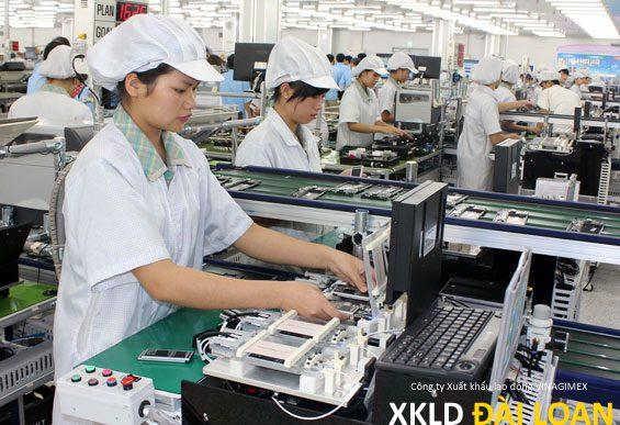 Tuyển 40 nữ làm công ty sản xuất linh kiện điện tử Đào Viên bay tháng 3 2017 phí 4800 cọc 1000